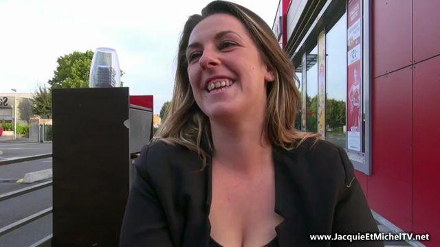 Watch Online Porn – Jacquieetmicheltv presents A 26ans, Sonia na jamais joui – 22.09.2016 (MP4, SD, 852×480)