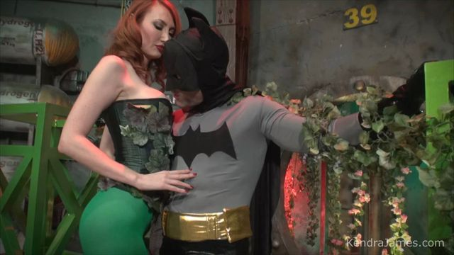 Kendra_James_Superheroine_World_-_Kendra_James_-_Poison_Kisses.wmv.00005.jpg