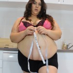 BBW Layla Weigh in