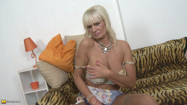 Mature Fingering Video 43