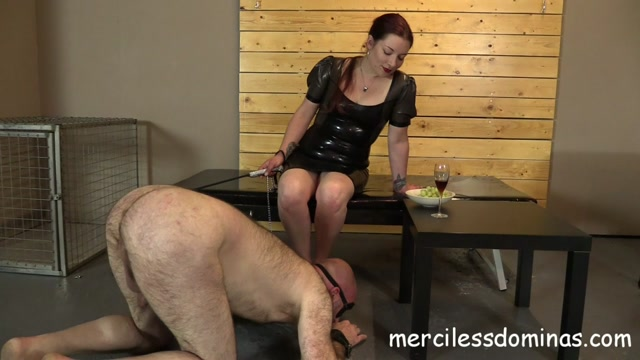 Merciless_Dominas_-_Humiliated_by_Goddess_Sophia.mp4.00012.jpg