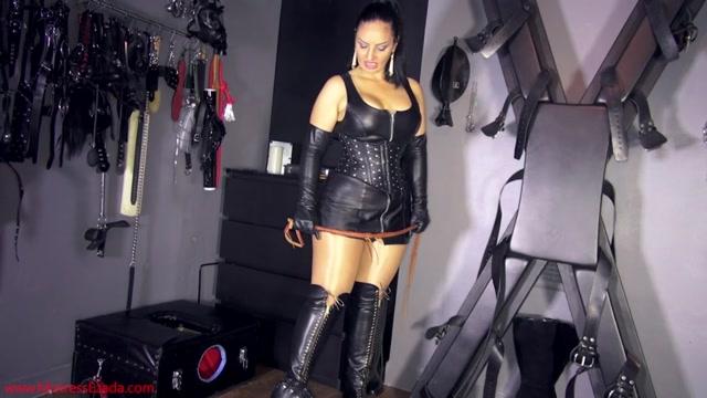 Mistress_Ezada_Sinn_-_Nipping_the_rebellion_in_the_bud.mp4.00003.jpg