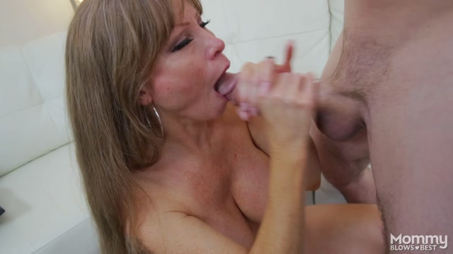 Watch Online Porn – MyXXXPass – MommyBlowsBest presents Darla Crane in Busting on my girls mom – 14.09.2016 (mp4, FullHD, 1920×1080)