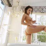 PlayboyPlus presents Kelsi Shay in Hot Spot – Early Release – 23.09.2016 (MP4, FullHD, 1920×1080)