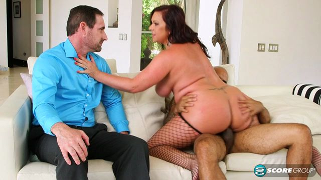 PornMegaLoad_-_40somethingmag_presents_Krissy_Rose_in_The_good_wife_-_21.09.2016.mp4.00012.jpg