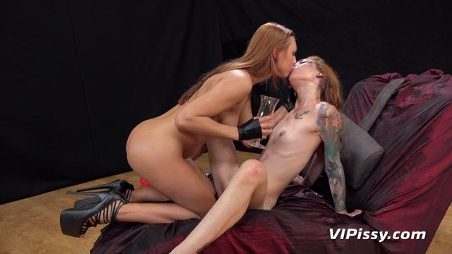 Watch Online Porn – VIPissy presents Foxie T & Morgan in Seventh Sense – 26.09.2016 (MP4, FullHD, 1920×1080)