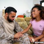 BangBros – BrownBunnies presents Kendall Woods in Fucking For Our Troops – 25.09.2016
