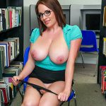 BangBros – BigTitsRoundAsses presents Maggie Green in Checking out the big tits at the library – 29.09.2016