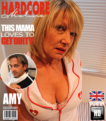 1_Mature.nl_presents_Amy__EU___52__in_British_housewife_fooling_around_-_18.10.2016.jpg