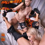DDFNetwork – HandsOnHardcore presents Christen Courtney & Cherry Kiss & Leyla Bentho in Milf vs Babysitter – A Hardcore Foursome Halloween Fuck Off – 31.10.2016