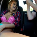 Mofos – StrandedTeens presents Jill Kassidy in All Natural Texan Fucked in Car – 28.10.2016