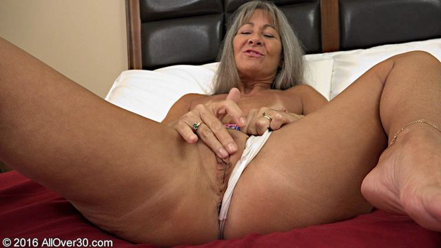 Allover30_presents_Leilani_Lei_51_Years_Old_Mature_Pleasure_-_12.10.2016.wmv.00001.jpg