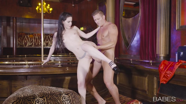 Watch Online Porn – Babes – OfficeObsession presents Amber Nevada in Deadly Sexy – 29.10.2016 (MP4, SD, 854×480)