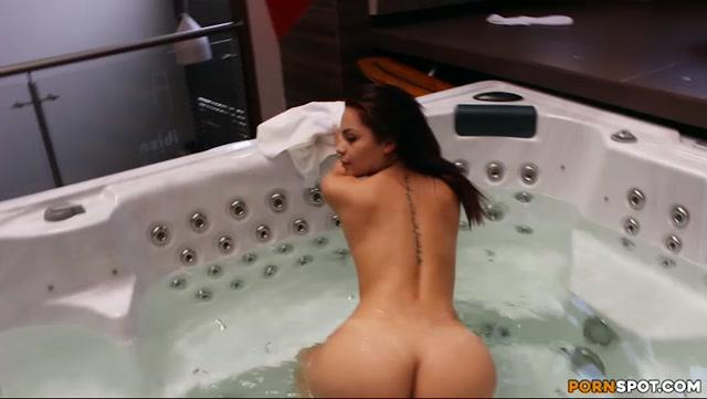 BangBros_-_ColombiaFuckFest_presents_Melani_in_Mesmerizing_Colombian_Ass_-_15.10.2016.mp4.00000.jpg