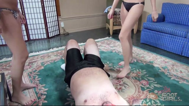BrattyFootGirls_-_Bella__Amanda_Foxx_-_Dads_Ass_Slavery.mp4.00004.jpg