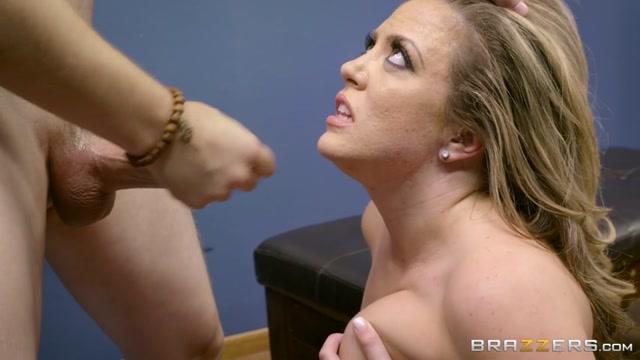 Watch Online Porn – Brazzers – RealWifeStories presents Carmen Valentina in If The Bra Fits, Fuck It! – 21.10.2016 (MP4, SD, 854×480)