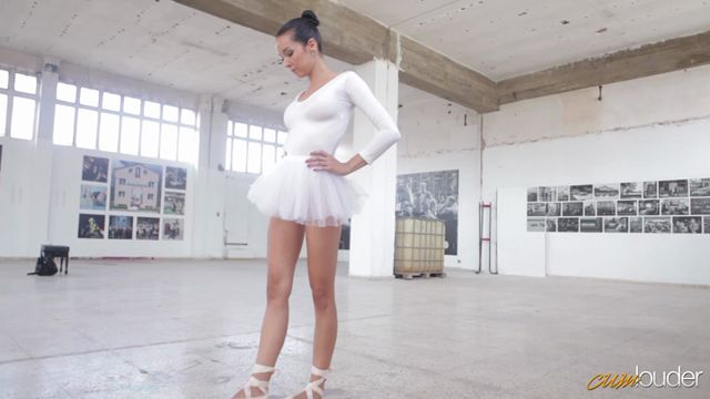 Watch Online Porn – CumLouder – Sweet18 presents Francys Belle in Pleasure and discipline 11.10.2016 (MP4, SD, 720×404)