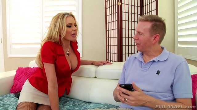 Watch Online Porn – EvilAngel presents Briana Banks in Savage Sodomy & Ass-To-MILF Filth – 23.10.2016 (MP4, SD, 960×544)