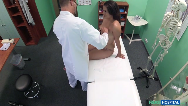 Watch Online Porn – FakeHub – FakeHospital presents Cindy Loarn aka Cindy Carson in Doctor Examines Patient with Cock – 28.10.2016 (MP4, SD, 854×480)