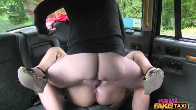 FakeHub_-_FemaleFakeTaxi_presents_Ava_Austen_in_Cock_Hungry_Lass_Swallows_Cum_Load_-_20.10.2016.mp4.00009.jpg