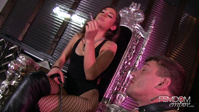 Watch Online Porn – FemdomEmpire presents Shane Blair in Human Ashtray Abuse – 05.10.2016 (MP4, FullHD, 1920×1080)