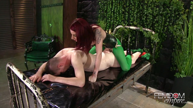 Watch Online Porn – FemdomEmpire presents Sheena Rose in Poison Ivy Strap-on Villainess – 29.10.2016 (MP4, FullHD, 1920×1080)