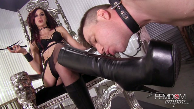 Watch Online Porn – Femdomempire presents Sablique Von Lux in Lick Amazon Boots – 25.10.2016 (MP4, FullHD, 1920×1080)