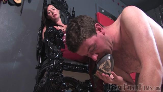 Watch Online Porn – FemmeFataleFilms – Mistress Charlotte – Foot Heaven (MP4, HD, 1280×720)