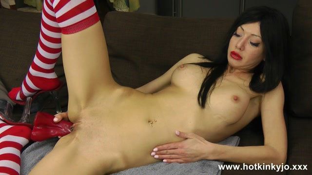 Hotkinkyjo.xxx_presents_Redwhite_strips_socks_and_horse_cock_in_the_ass_-_02.10.2016.flv.00009.jpg