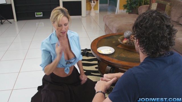Jodi_West_-_Your_Mom_is_Hot.wmv.00005.jpg