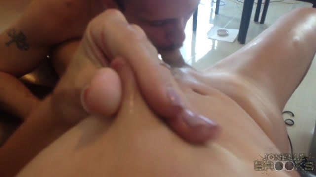 Watch Online Porn – [JonelleBrooks] Jonelle Brooks – POV Cream Pie (01.10.2016) 720p rq (MP4, HD, 1280×720)