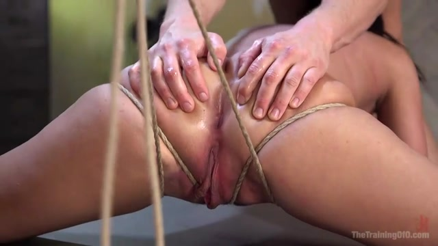 Watch Online Porn – Kink – TheTrainingOfO presents Amara Romani in Anal Training Amara Romani – 14.10.2016 (MP4, SD, 960×540)