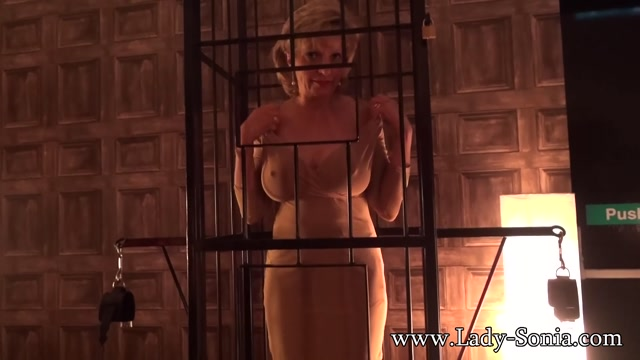 Lady-Sonia_presents_Lady_Sonia_Caged.mp4.00010.jpg