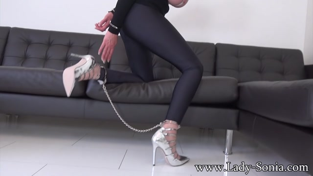 Lady-Sonia_presents_Lady_Sonia_in_Rope_Bondage_And_Tied_Nipples_Hard.mp4.00015.jpg
