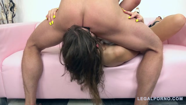 LegalPorno_presents_Susan_Ayns_first_TAP_for_Fmodels_3on1_FM002_-_19.10.2016.mp4.00013.jpg