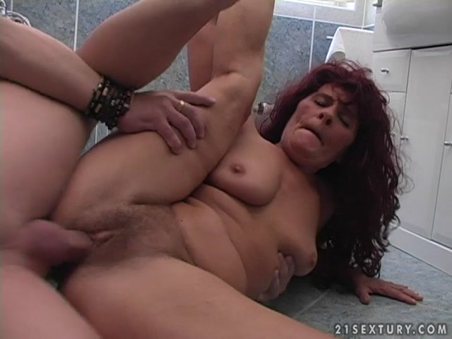 Watch Online Porn – Lustygrandmas presents Redhead Mature Tammy Sucking and Fucking (MP4, SD, 720×540)