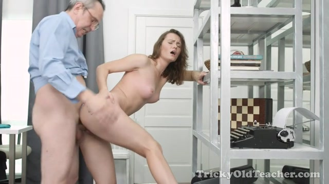 TrickyOldTeacher_presents_Sofy_Torr_aka_Sofy_Soul_in_Innocent_student_gets_her_pussy_fucked_by_teacher_-_07.10.2016.mp4.00015.jpg