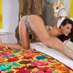 Inthecrack presents 1211 Lorena Garcia in Yellow Beautiful – 12.10.2016