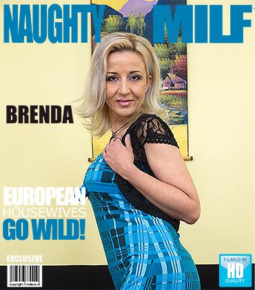 1_Mature.nl_presents_Brenda_B.__39__in_Mature_lady_Masturbating_-_07.11.2016.jpg