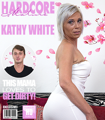 1_Mature.nl_presents_Kathy_White__41__in_Naughty_Housewife_Doing_Her_ToyBoy_-_01.11.2016.jpg