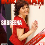 Mature.nl presents Sabreena (59) in Naughty Lady Playing in Bed – 17.11.2016