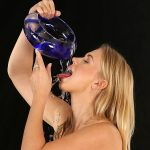 WetAndPissy presents Violette – 29.11.2016