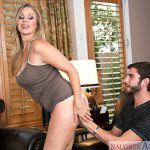 NaughtyAmerica – MyFriendsHotMom presents Julia Ann, Logan Long in My Friends Hot Mom – 18.11.2016