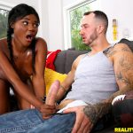 RealityKings – RoundAndBrown presents Yara Skye in Game Time – 18.11.2016