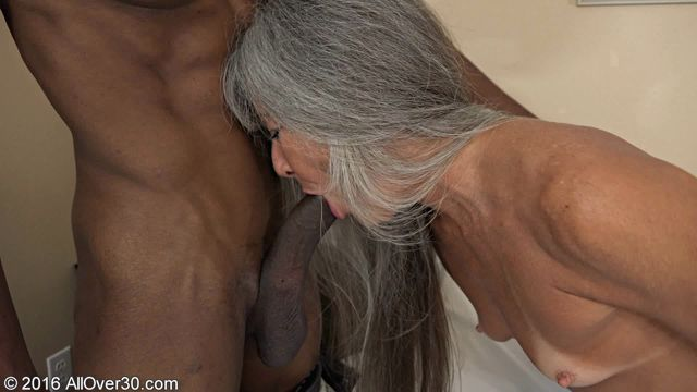 Allover30_presents_Leilani_Lei_51_Years_Old_Ladies_in_Action_-_30.11.2016.wmv.00000.jpg