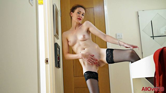 Allover30_presents_Scarlet_Louise_41_Years_Old_Mature_Pleasure_-_23.11.2016.wmv.00008.jpg