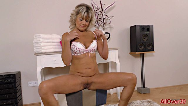 Allover30_presents_Sherry_D_51_Years_Old_Mature_Pleasure_-_12.11.2016.wmv.00004.jpg