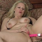 Allover30 presents Zoey Tyler 38 Years Old Ladies with Toys – 17.11.2016