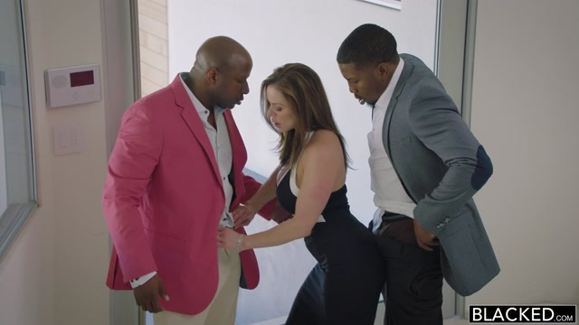 Watch Online Porn – Blacked Featuring Kendra Lust, Isiah Maxwell & Prince Yahshua in Cheated on My Husband and Loved it – 06.11.2016 (MP4, SD, 854×480)