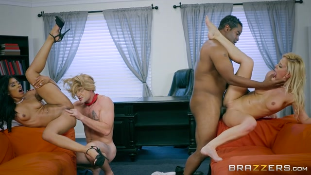 Brazzers_-_ZZSeries_presents_Cherie_Deville___Yasmine_de_Leon_in_ZZ_Erection_2016__Part_4_-_06.11.2016.mp4.00013.jpg